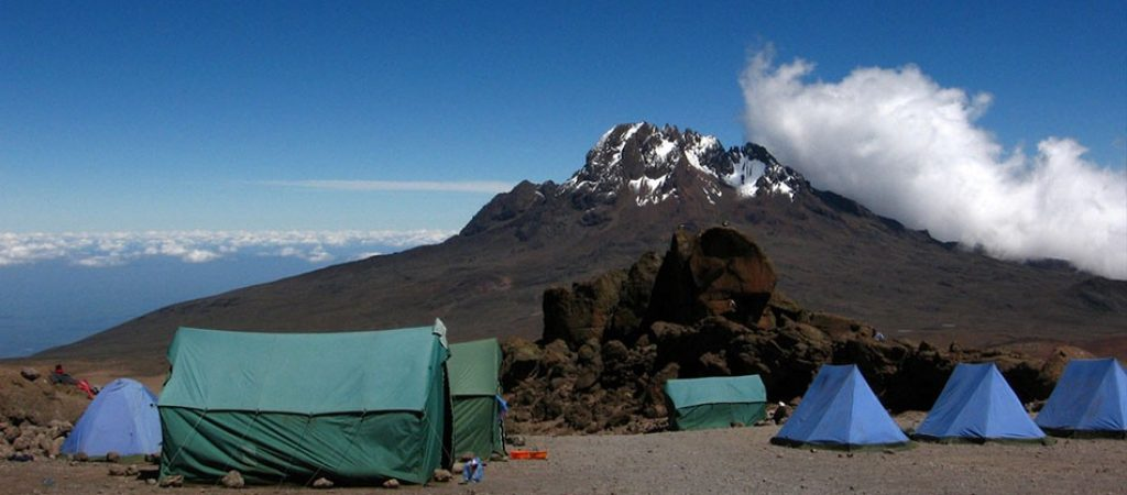 kibo-hut-camp.jpg